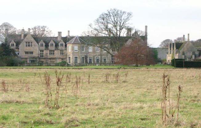 barnwell manor oundle pilgrimage